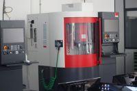 23-Metalltechnik_Computergesteuerte_CNC-Maschine