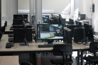 24-Metalltechnik_PC-Arbeitsplaetze