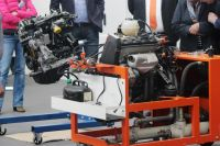30-Fahrzeugtechnik_Motor